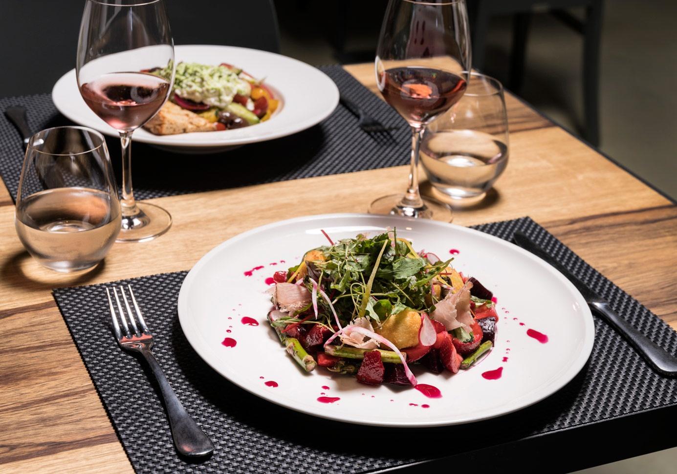 athens-restaurants-vassilenas-01